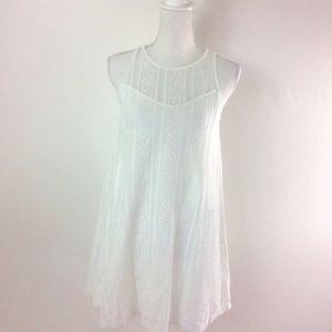 F16 Abercrombie & Fitch White Eyelet Dress Size XS